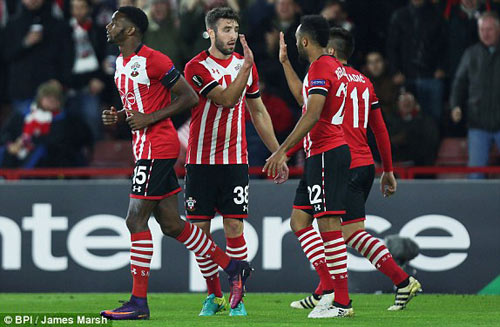 Southampton - Inter Milan: Lội ngược dòng - 1