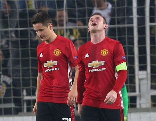 """MU bị dự đoán """"khổ thêm 2 năm nữa"""" với Mourinho - 1"""