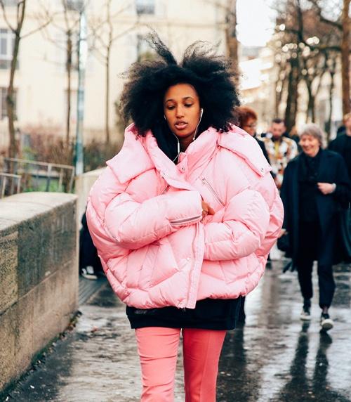 Kiểu áo khoác này không biến bạn thành gấu đâu mà sợ! - 8
