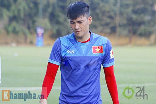 """ĐT Việt Nam: Fan nữ """"bao vây"""", ngay ngáy lo chấn thương - 3"""
