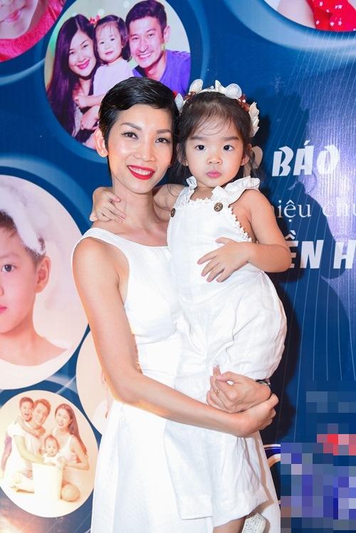 Xuân Lan trải lòng việc làm mẹ đơn thân trên truyền hình - 2