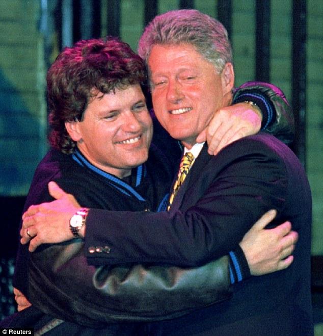Cháu gái Clinton nói bác ích kỷ vì muốn là nữ tổng thống - 2