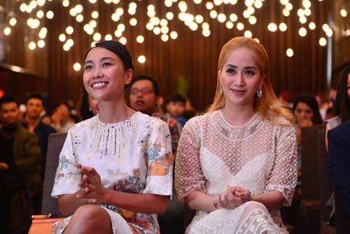 """John Huy Trần, Khánh Thi """"cầm trịch"""" ghế nóng Thử thách cùng bước nhảy 2016 - 6"""
