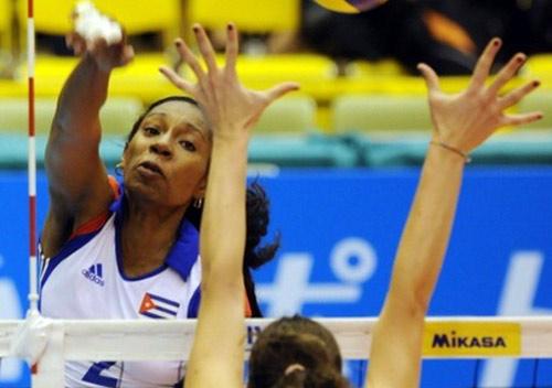 Nữ thần bóng chuyền: Đập 103km/h nhanh nhất địa cầu (P4) - 2