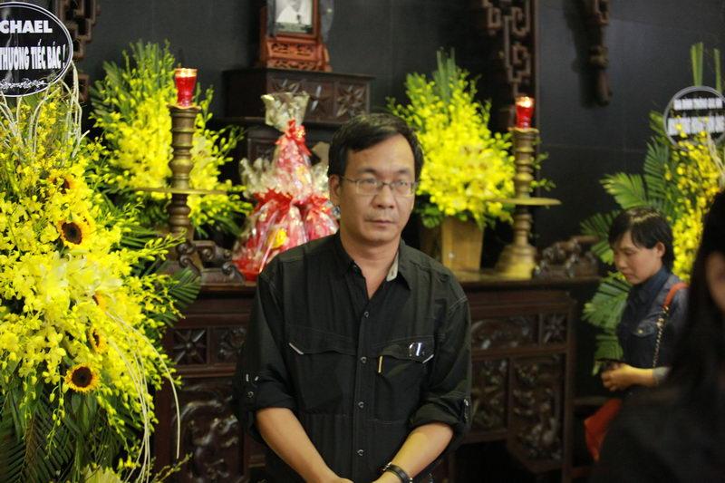 Các danh hài phía Bắc rơi lệ tiễn đưa NSƯT Phạm Bằng - 7