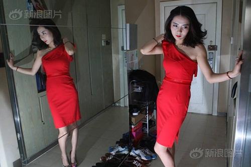 Hot girl kiếm bộn tiền nhờ làm HLV cho giới nhà giàu - 7