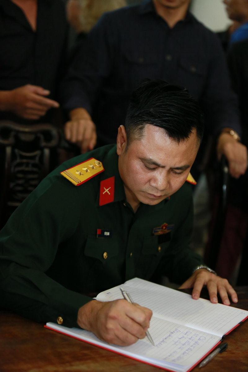 """Xuân Bắc, Công Lý khóc nhớ """"bố Phạm Bằng"""" - 3"""