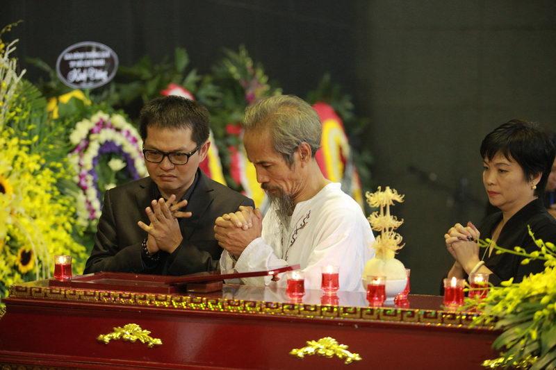 """Xuân Bắc, Công Lý khóc nhớ """"bố Phạm Bằng"""" - 13"""