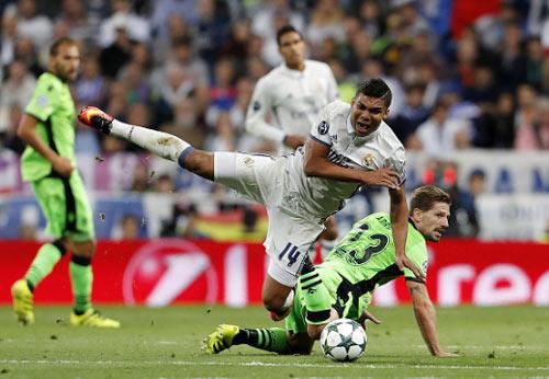 Real: Zidane sợ quyền lực của Bale-Benzema-Ronaldo? - 2
