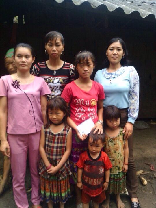 Chỉ trong 10 ngày, 7 chị em bất ngờ mất cả cha lẫn mẹ - 1