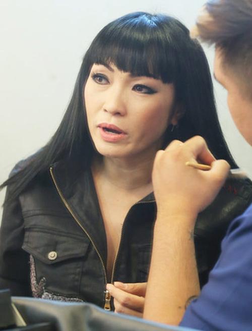 Phương Thanh tái ngộ khán giả truyền hình sau chuyến tu học ở Tây Tạng - 1