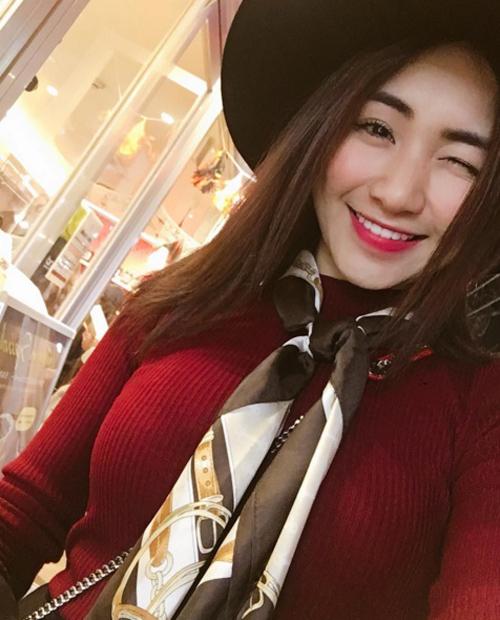 Hòa Minzy biến hình đến ngỡ ngàng sau chia tay bạn trai - 11