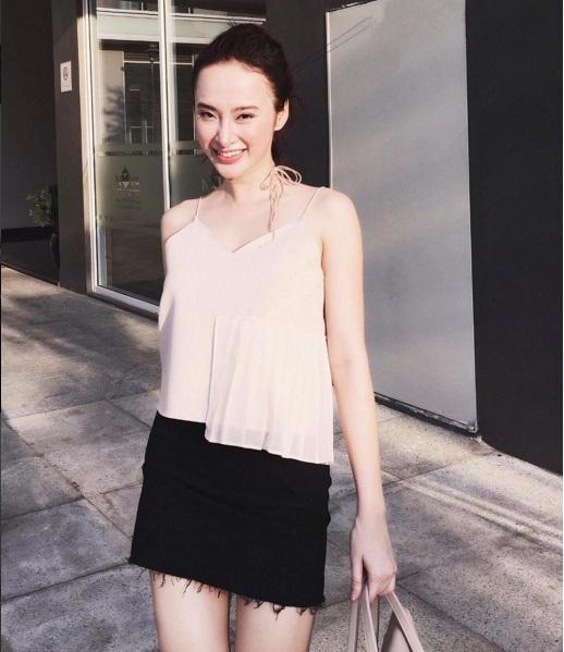 Mặc đồ bình dân, Angela Phương Trinh vẫn sexy khó cưỡng - 10