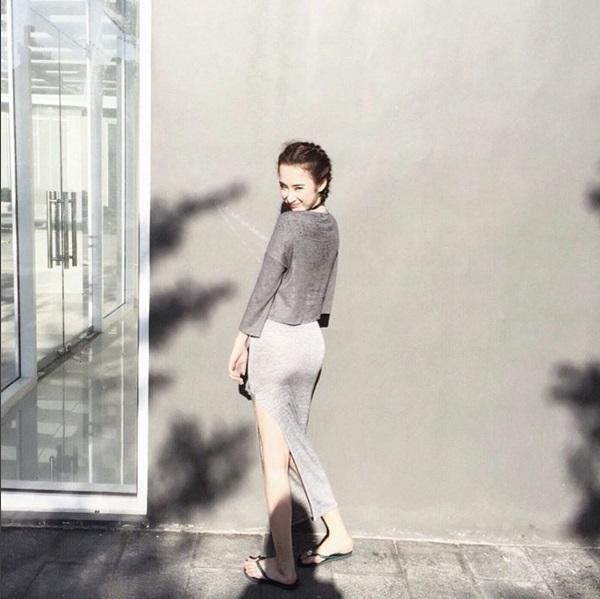 Mặc đồ bình dân, Angela Phương Trinh vẫn sexy khó cưỡng - 13