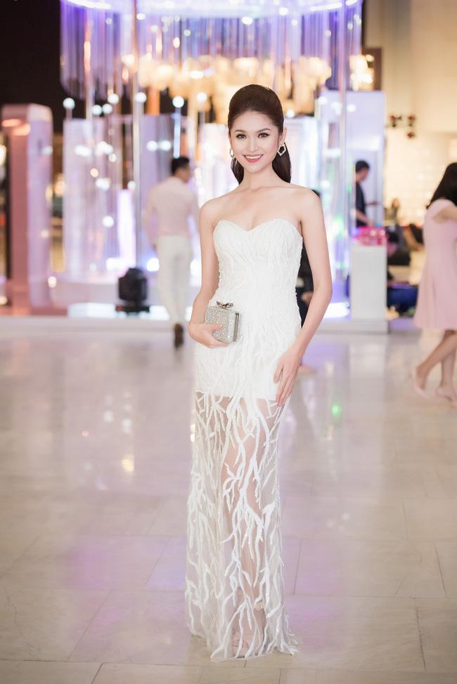 HH Giáng My, Chi Pu diện váy voan mỏng tang phô ngực đầy - 7