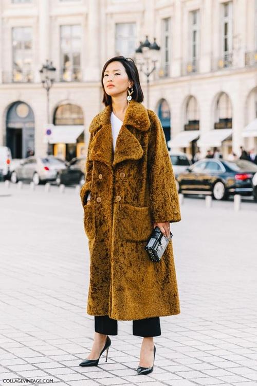 5 cách mặc áo khoác lông sexy hơn ngày chớm đông - 1