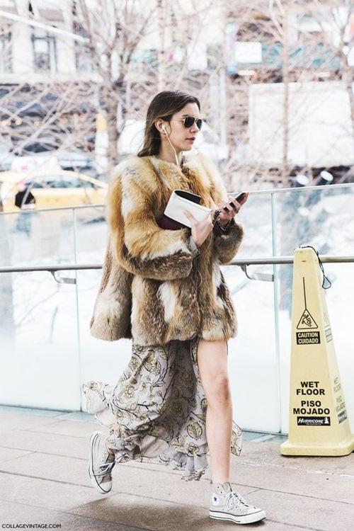 5 cách mặc áo khoác lông sexy hơn ngày chớm đông - 3