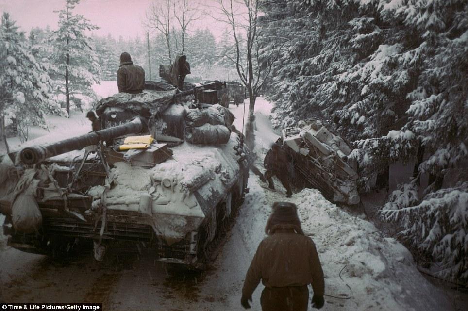 """Trận đánh """"nướng"""" gần 35.000 mạng người giữa Đức và Mỹ - 4"""