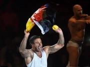 Bóng đá - WWE: Cựu SAO thủ môn Đức thắng trận mở màn vật biểu diễn