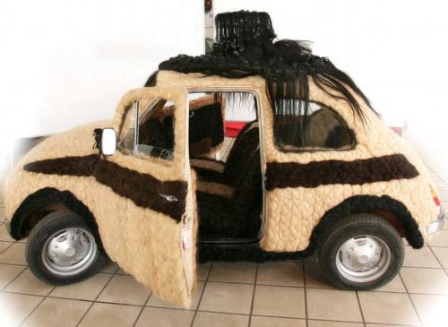 Dùng 100kg tóc để trang điểm cho ô tô Fiat 500 cổ - 7