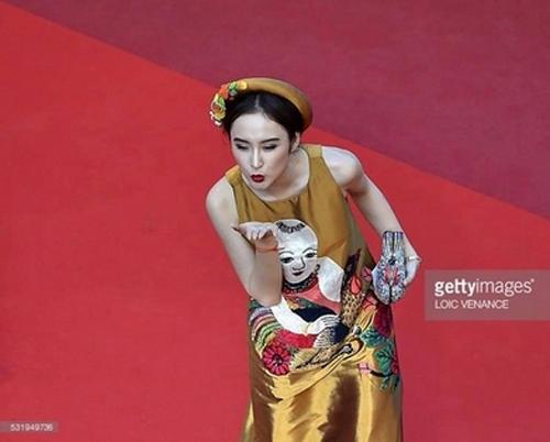 Bí mật 3 lần tỏa sáng của Angela Phương Trinh trên thảm đỏ - 9