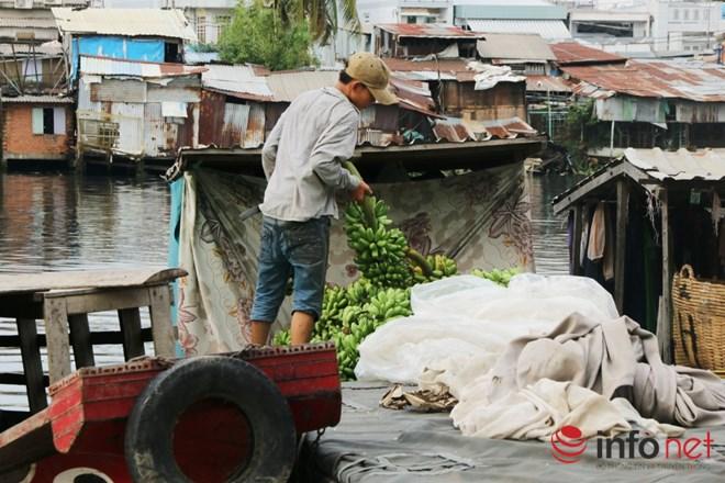 Có một chợ nổi miền Tây giữa Sài Gòn - 12