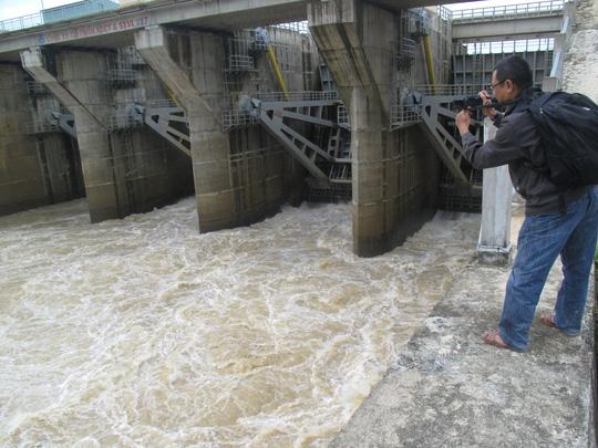 Thủy điện An Khê-Kanak nhận thiếu sót trong thông báo xả lũ - 1