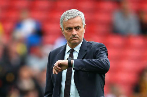 Tin HOT tối 5/11: Sao MU ủng hộ Mourinho tuyệt đối - 1