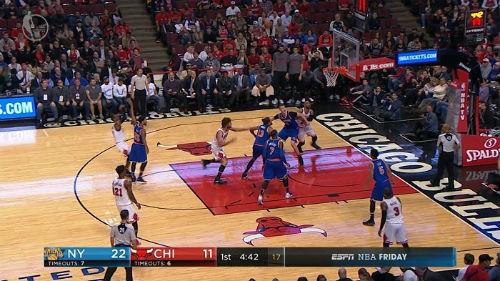 Cú sốc NBA: Đang bay cao bị ngã sấp mặt bởi kẻ khốn khổ - 1