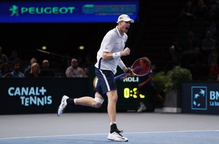 Paris Masters ngày 6: Murray, Isner vào chung kết - 1