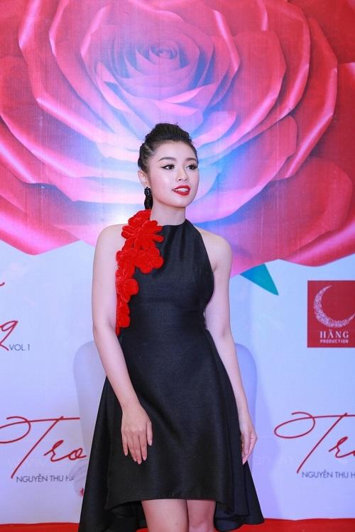 Xuân Lan, Đăng Khôi ra Hà Nội chia vui cùng hot girl Sao Mai - 1
