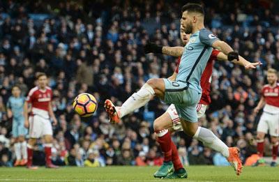 Chi tiết Man City - Middlesbrough: Bàn gỡ hòa muộn (KT) - 4