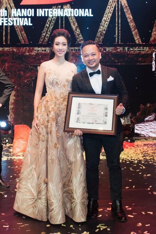 Phim của Victor Vũ, Dustin Nguyễn thắng lớn tại LHP Hà Nội - 4