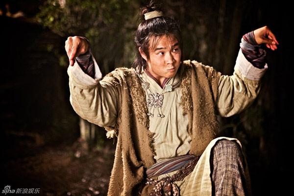 Tròn mắt với màn kungfu tuyệt đỉnh của chàng thợ giày - 2