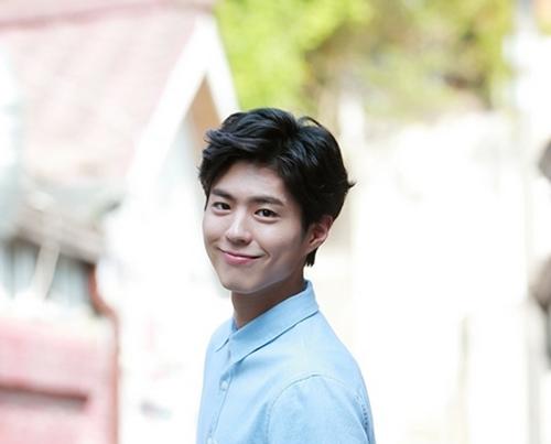Won Bin và loạt diễn viên Hàn lỡ hẹn với nghiệp cầm ca - 3