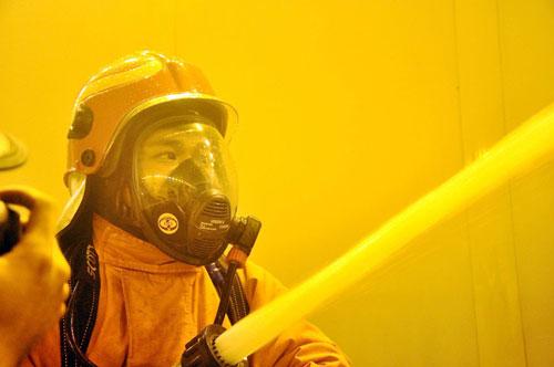Diễn tập cứu 30 người mắc kẹt trong hầm vượt sông SG - 9