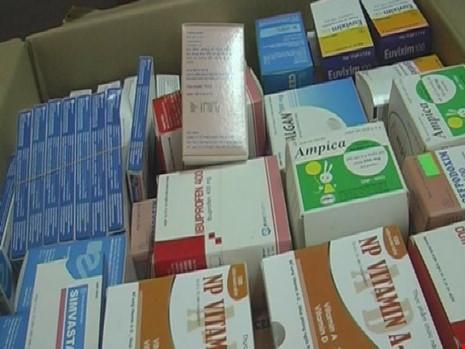 Phát hiện một công ty dược bán thuốc hết hạn sử dụng - 1