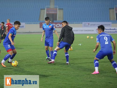 ĐT Việt Nam: Xuân Trường nói về giấc mơ vô địch AFF Cup - 6
