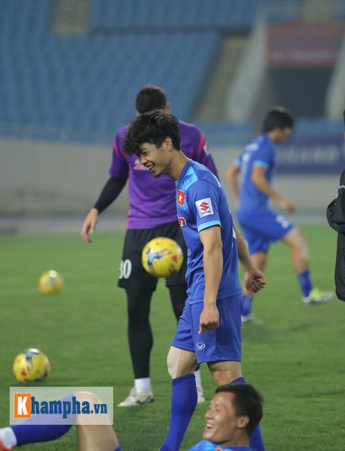 ĐT Việt Nam: Xuân Trường nói về giấc mơ vô địch AFF Cup - 7