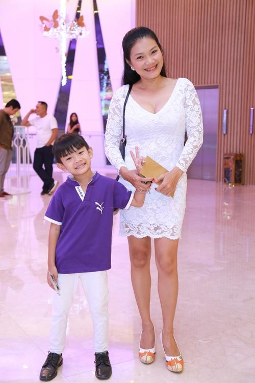 Trương Ngọc Ánh, Minh Thư quá trẻ đẹp so với tuổi 40 - 6
