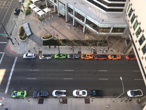 Gia Lai Team khoe dàn siêu xe Lamborghini khủng trên đất Mỹ - 2
