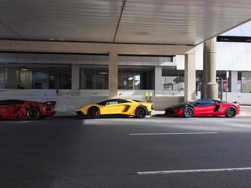 Gia Lai Team khoe dàn siêu xe Lamborghini khủng trên đất Mỹ - 5