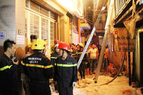 Cháy nhà khu phố Tây, nghi do thanh niên ngáo đá đốt - 2
