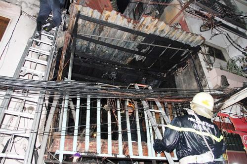 Cháy nhà khu phố Tây, nghi do thanh niên ngáo đá đốt - 4