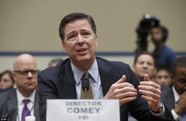 FBI tung kết quả điều tra bà Clinton 2 ngày trước bầu cử - 2