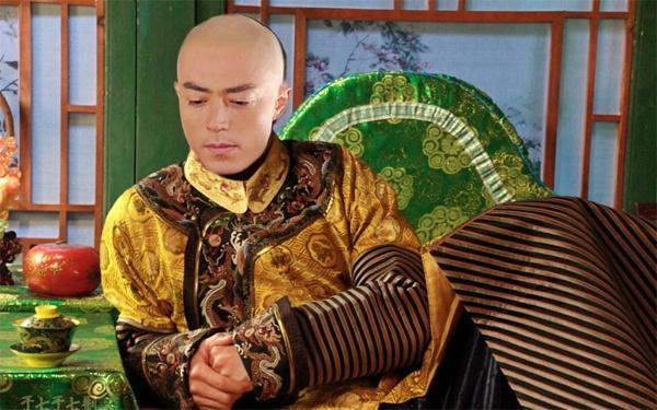 Choáng với hậu trường phim cổ trang của chồng Lâm Tâm Như - 2