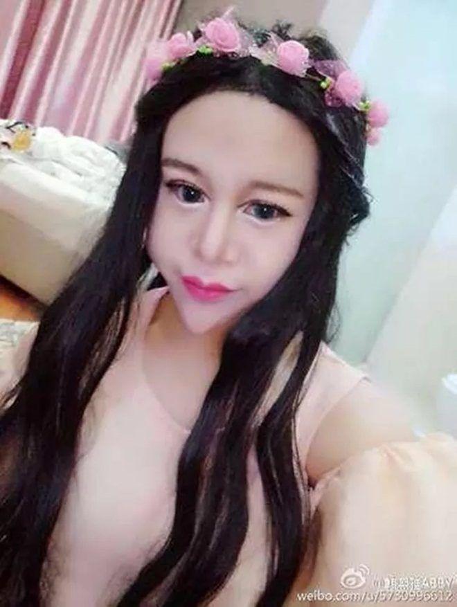 """Ngất xỉu vì """"xà tinh"""" tự nhận mình xinh nhất Trung Quốc - 6"""