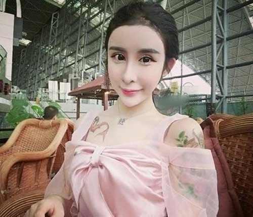 """Ngất xỉu vì """"xà tinh"""" tự nhận mình xinh nhất Trung Quốc - 9"""