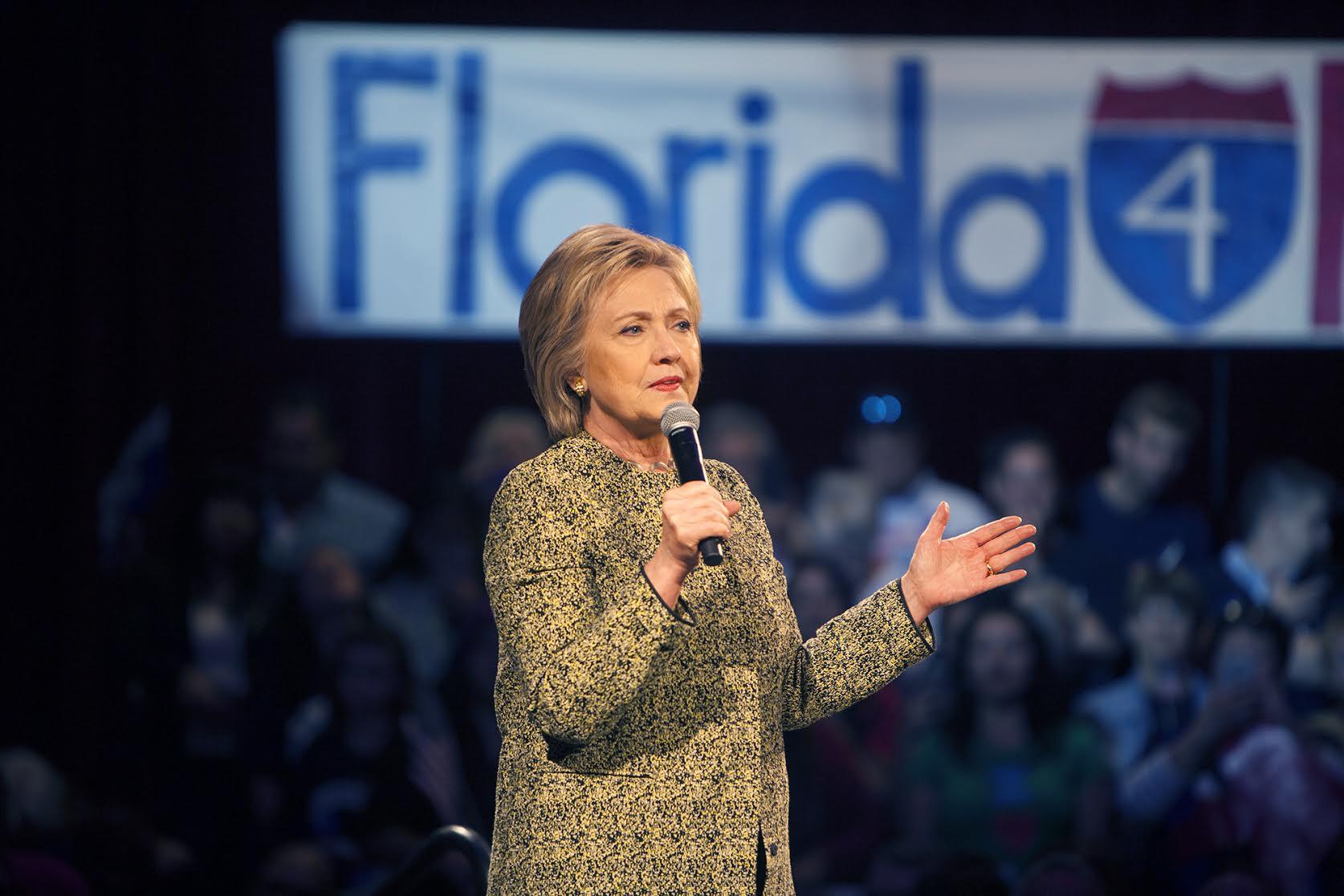 Vì sao dân Mỹ không thể tự tay chọn Trump hay Clinton? - 4