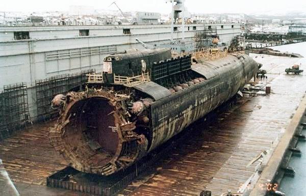 Thảm kịch sát thủ tàu ngầm Nga chuyên diệt tàu sân bay Mỹ - 2